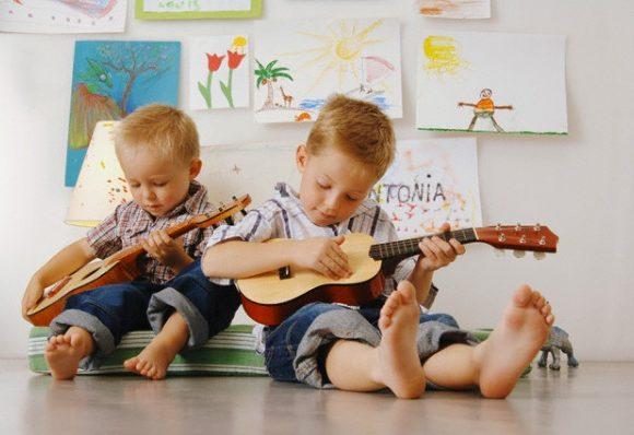 CHILDREN COOPERATE