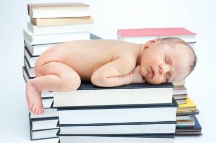 How to share books with your 6 to 8 month old